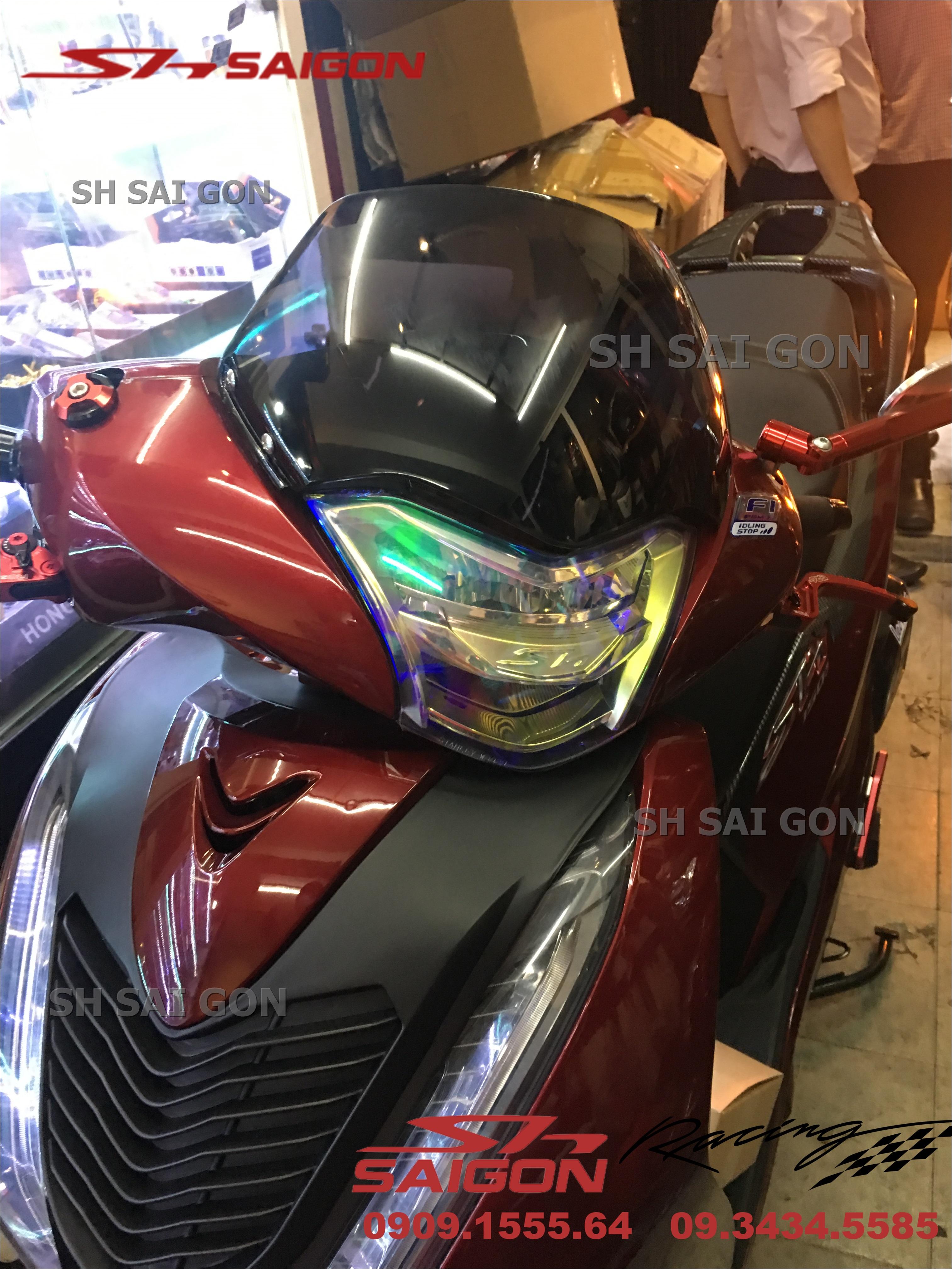 Image xe SH Việt Nam 2017 2018 2019 thay kính chắn gió chuyên nghiệp giá phải chăng tại Hồ Chí Minh